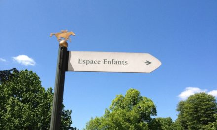Une journée Les Dimanches au Galop, en famille, sur l'hippodrome de Longchamp. L'évènement était-il connecté ?