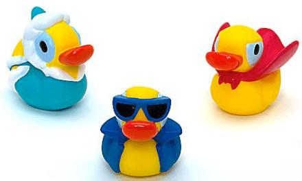 Jetez vous à l'eau / Where is my water sur le Disney Store. Idéal pour le bain des petits geeks mais pas seulement !