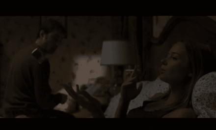 """Expédier ses victimes dans le passé pour les éliminer. """"Looper"""", face à face Bruce Willis / Joseph Gordon Lewitt, au cinéma le 31 Octobre 2012."""