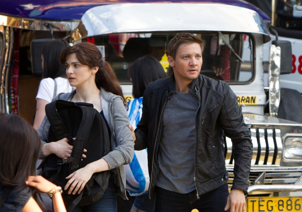 Bourne Legacy - Aaron Cross et Dr. Marta Shearing en fuite