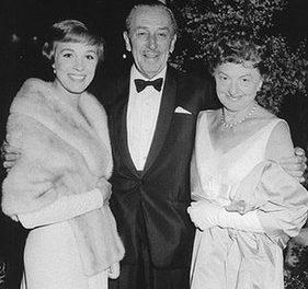 Saving Mr. Banks : Le Face à Face Walt Disney / Pamela Lyndon Travers, pour la célèbre adaptation de Mary Poppins au cinéma, en cours de tournage à Los Angeles.