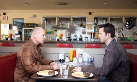 Looper, quand la Mafia s'empare du voyage dans le temps. Un face à face Bruce Willis, Joseph Gordon-Levitt globalement réussi.