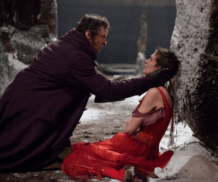 Victor Hugo de retour au cinéma avec Les Misérables, adaptation du spectacle musical, avec Hugh Jackman, Russell Crowe, Anne Hathaway et Helena Bonham Carter.