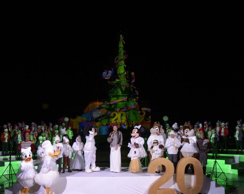Disneyland Paris - Officiel - Show Noël 3