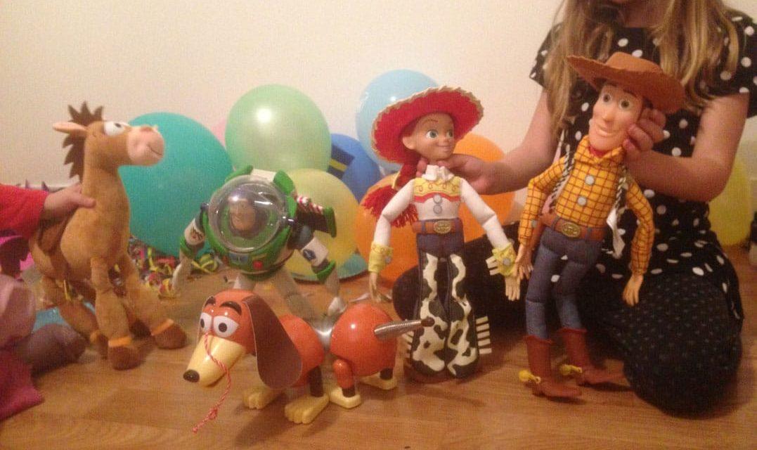 Un anniversaire sur le thème de Toy Story et des réseaux sociaux pour Léopoldine, Aliénor et Isis.