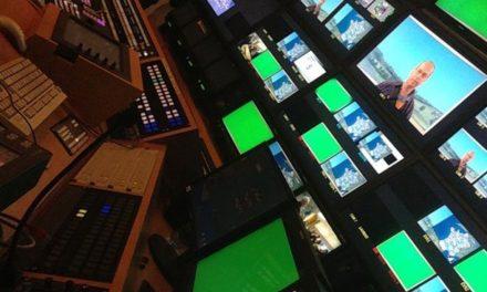 Chronique d'une visite des coulisses de France Télévisions à l'occasion des Journées européennes du patrimoine 2013.