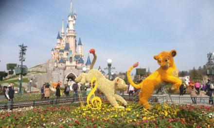 """Petite balade printanière à Disneyland Paris en attendant """"Swing into Spring"""". Rencontre avec les concepteurs de cette nouvelle saison."""