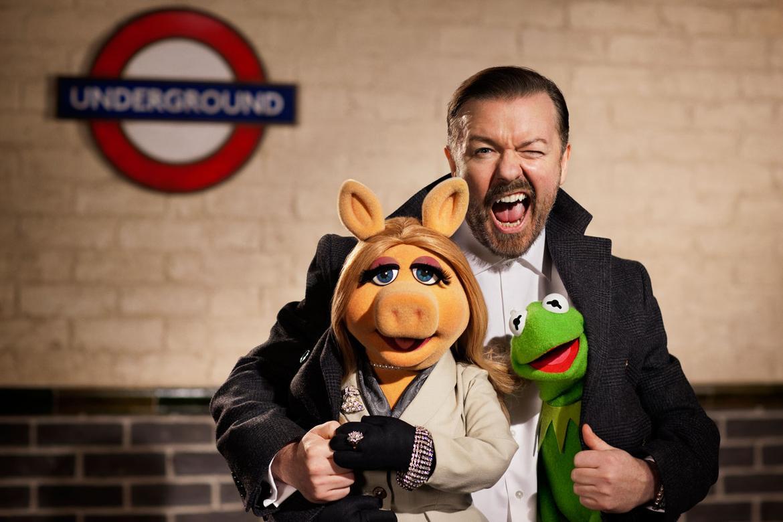 Muppets-Most-Wanted-RickyGervais-KermitPiggy