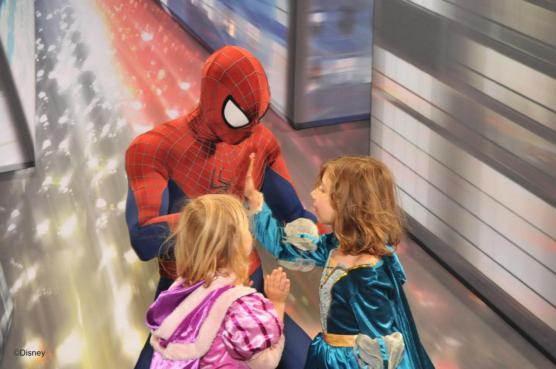 Spiderman avec Léopoldine et Aliénor