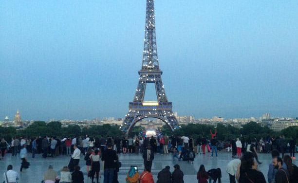 Récit de notre journée du 14 juillet 2014 à Paris. Fête nationale rythmée par le défilé militaire et le spectacle pyrotechnique.