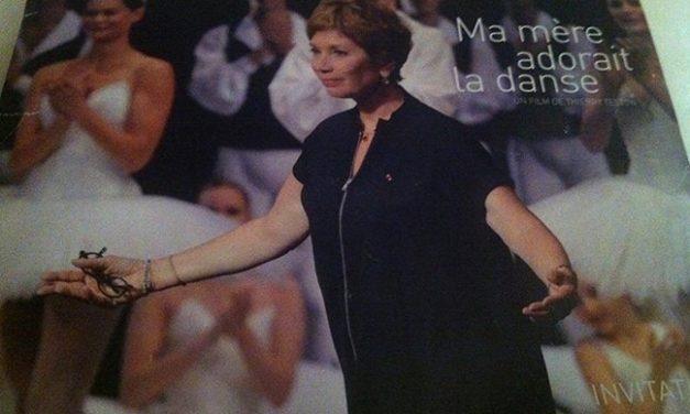 Sur France 3 le 8/11 à  23h10:  Ma mère adorait la danse… et moi j'aimais ma mère : le parcours de Brigitte LEFEVRE, directrice de la danse de l'Opéra de Paris de 1995 à 2014.
