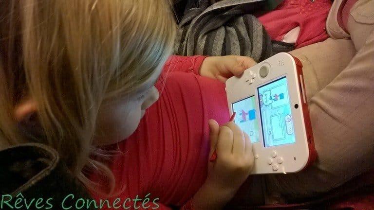 "Aliénor a testé ""Hello Kitty Happy Happy Family"" sur sa Nintendo 2DS."