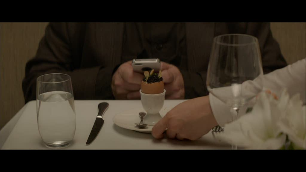 Oliver (Ramsey Michel) le guide gastronomique qui tweet