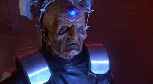 Chronique d'un anniversaire sous le signe de Doctor Who, après avoir vu en famille les 8 saisons de la nouvelle série. The Majestic Tale (Of a Madman in a Box). 3