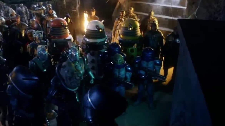 Les ennemis du Docteur devant la Pandora Box