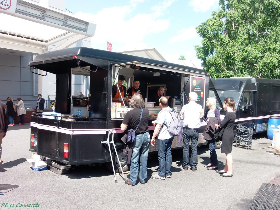 Le Village De Food Truck De La Foire De Paris