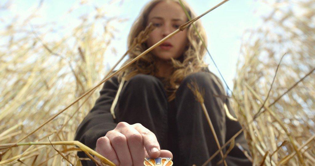 Disney's TOMORROWLAND Casey (Britt Robertson) Ph: Film Frame ©Disney 2015