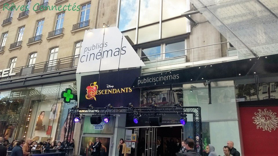Descendants Avant premiere parisienne WP_20150923_001