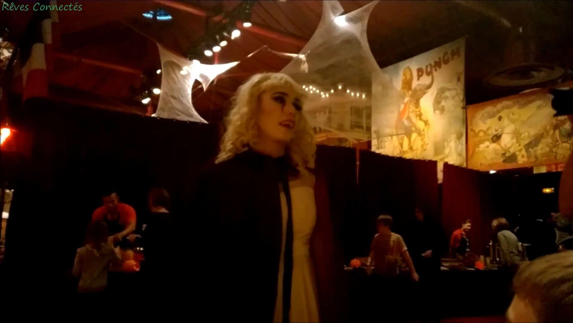 Dame Vampire au Restaurant du Cirque