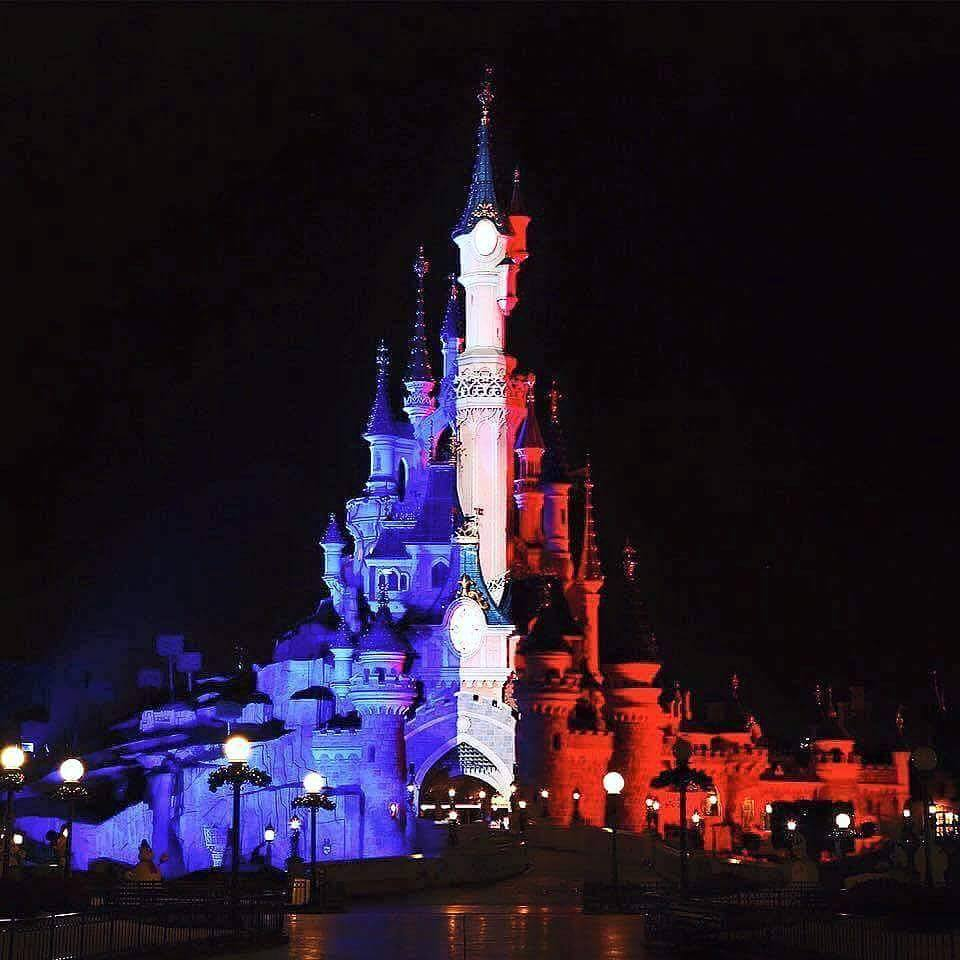 disneyland paris drapeau tricolore - r u00eaves connect u00e9s