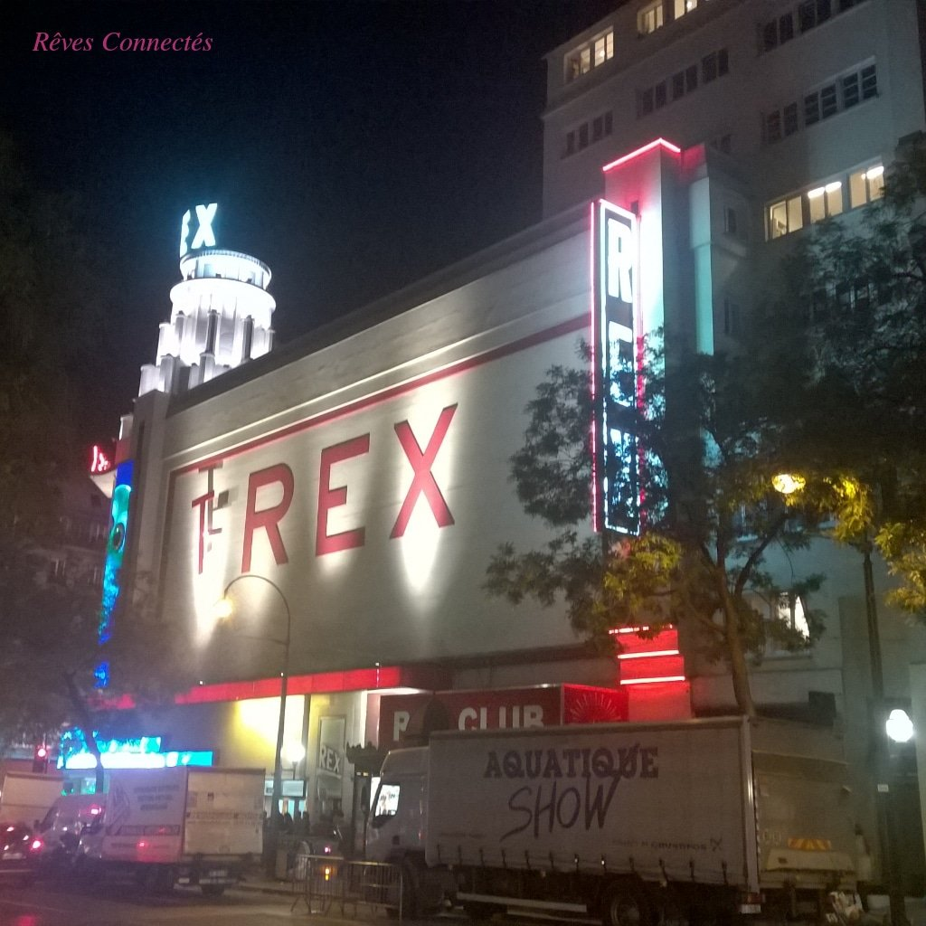 Le Grand Rex- Le Voyage d'Arlo - T-REX !
