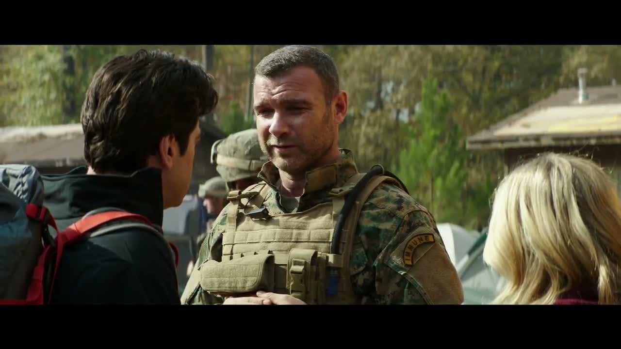 Colonel Vosh (Liev Schreiber) 48 ans (Scream) 55 films, 3 séries