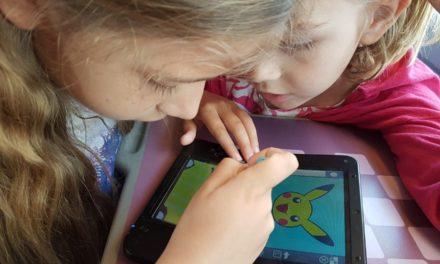 Léopoldine, apprentie artiste, sur les Art Academy (Atelier sur Wii U mais aussi Pokémon Art Academy et Disney Art Academy sur 3DS)
