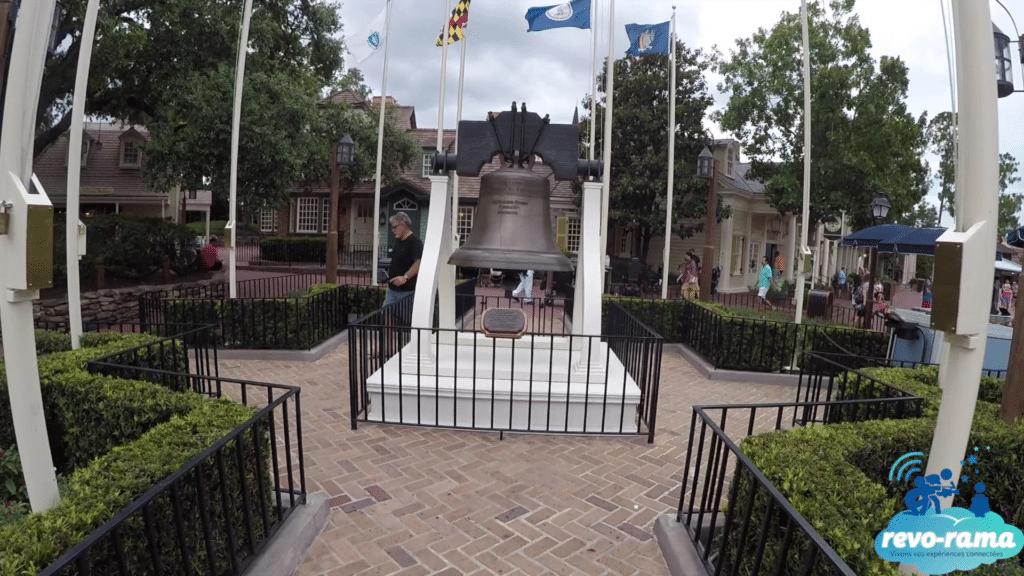 revorama-magic-kingdom-walt-disney-world-fantasyland-liberty-square-2018