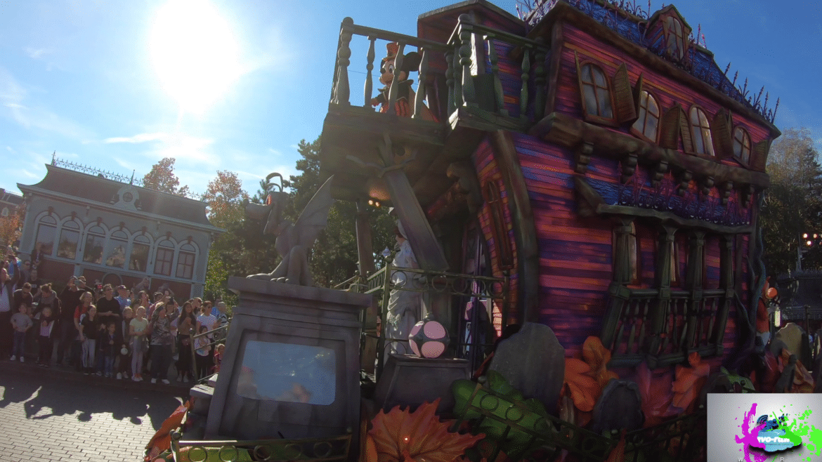 Disneyland Paris Halloween Party 2018.Revo Rama 2018 Halloween Festival And Party At Disneyland