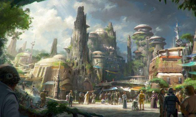 STAR WARS : Galaxy's Edge, l'expérience interactive débarque dès cet été aux Etats-Unis dans les parcs Disney.
