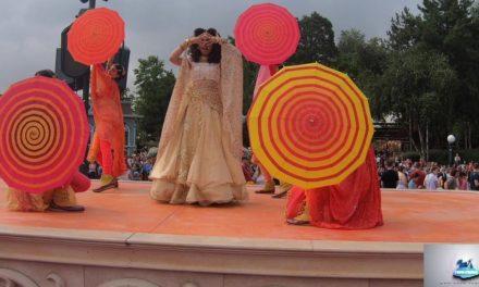 Le Revo-Rama au Festival du Roi Lion et de la Jungle de Disneyland Paris (vidéo)
